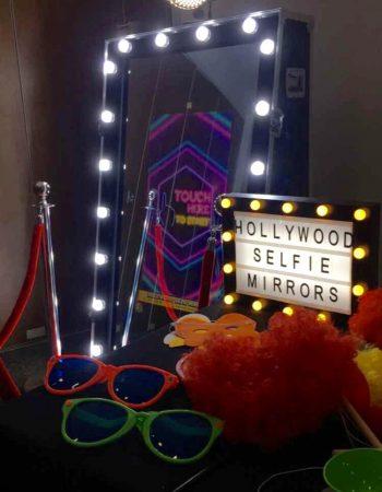 Hollywood Selfie Mirrors