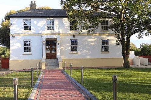 Farmhouse Venue