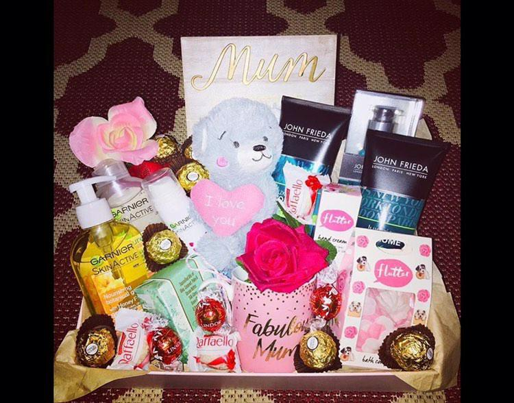 YS Gifts & Hampers